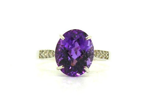 Amethyst & Diamond Simple Ring / Item code: RNG 18