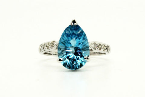 Blue Topaz & Diamond Classic Ring AD No. 0746
