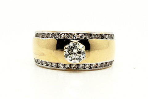Six Prong Chanel Bordered Yellow Gold Ring AD No. 0807
