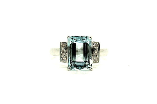 Aquamarine & Diamond Elegant Ring Ad No.0990