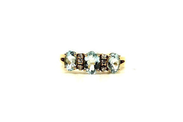 Aquamarine And Diamond 3 Stone Ring Ad No.0462
