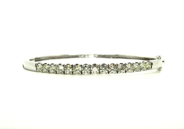 3.00CT Diamond Bangle/ Item code :BNG4