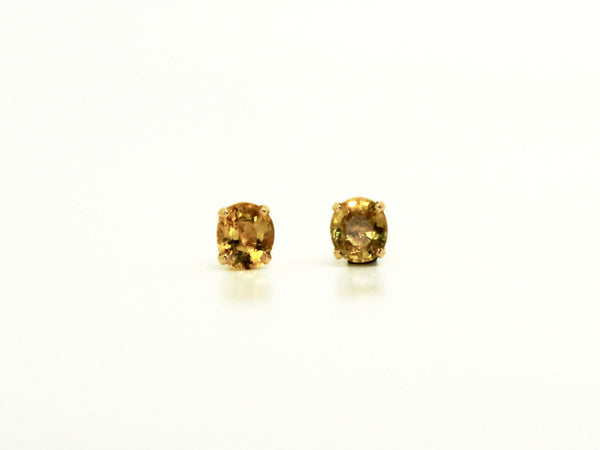 YELLOW SAPPHIRE STUD OVAL CUT AD NO.1241 (6/5MM )