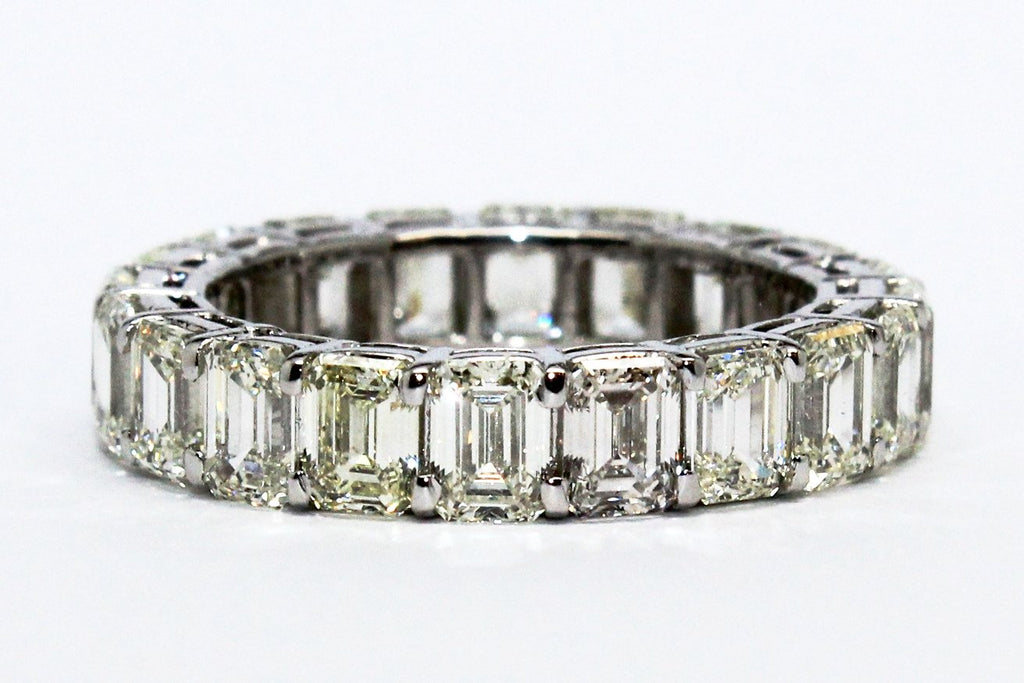 Emerald Cut Diamond Eternity Ring AD NO.1604