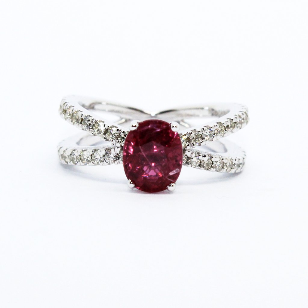 RUBY DIAMOND CROSS BAND RING AD NO.1619