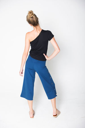 Kasai Organic One Shoulder Tee