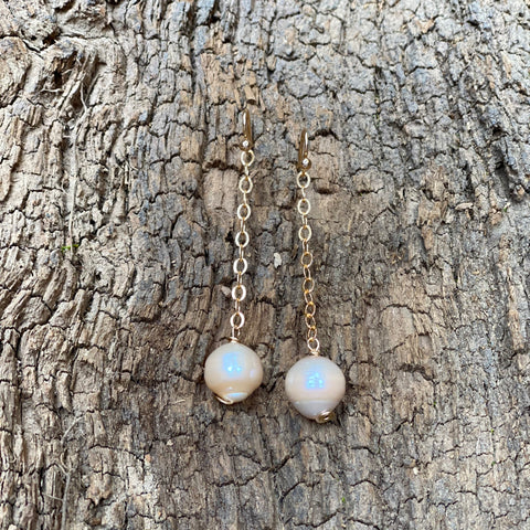 The Single Pink Pearl Drop Earrings