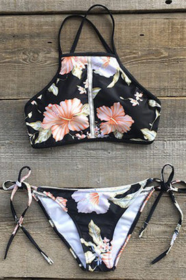 Cupshe Lost in Paradise Blooming Bikini Set