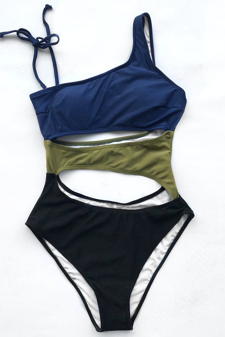 This is another new style for this year! Product Code AB30177MDetails With lining Color blocking Removable padding bra Regular wash Fabric chinlon Referencemodel try on SIZE M, height 5\'8, weight 150 lbs, bust 36C SIZE(IN) USA UNDERBUST WAIST HIP S 4/6 25.9 24.4 29.8 M 8/10 27.4 25.9 31.3 L 12/14 28.9 27.4 32.8 XL 16 30.4 28.9 34.3 XXL 18 31.9 30.4 35.8 size chartplease allow 0.4-0.8 differs due to manual measurement Swim Top Sizing Guide S M L XL XXL 32C 32D 34A 34B 34C 34D 36A 36B 36C 36D 38A 38B 38D 40B 40C 40D 40D 42B 42C 42D