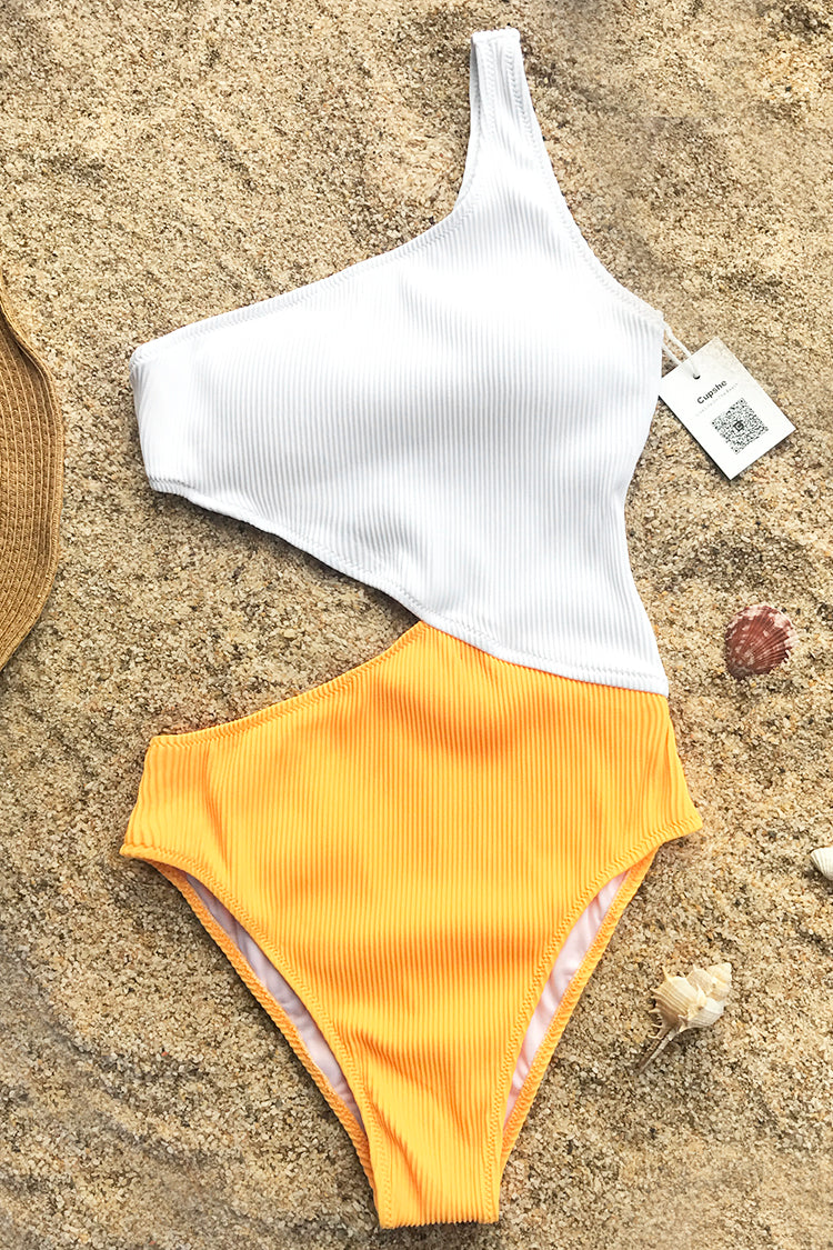 This swimsuit gives you a sassy look when you're reading on the beach. Product Code CYY1185 Details One shoulder Ribbed fabric With padding bra Regular wash Fabric 91% nylon,9% spandex Reference model try on SIZE M, height 5'8, weight 150 lbs, bust 36C SIZE(IN) USA UNDERBUST LENGTH HIP S 4/6 23.6 27.6 27.6 M 8/10 25.2 28.2 29.1 L 12/14 26.8 28.8 30.7 XL 16/18 28.4 29.4 32.3 XXL 20 29.9 30.0 33.9 size chartplease allow 0.4-0.8 differs due to manual measurement Swim Top Sizing Guide S M L XL XXL 32C 32D 34A 34B 34C 34D 36A 36B 36C 36D 38A 38B 38D 40B 40C 40D 40A 40B 40C 40D