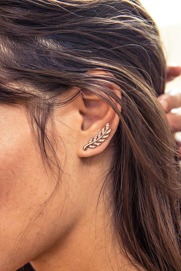 Stylish Leaf Shaped Earring