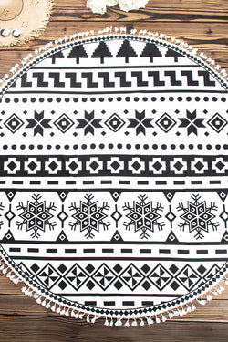 Black and White Geometric Pattern Print Beach Blanket