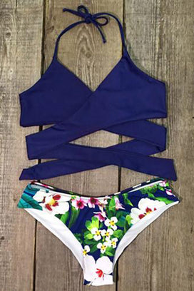 Cupshe Made the Cross Floral Bikini Set