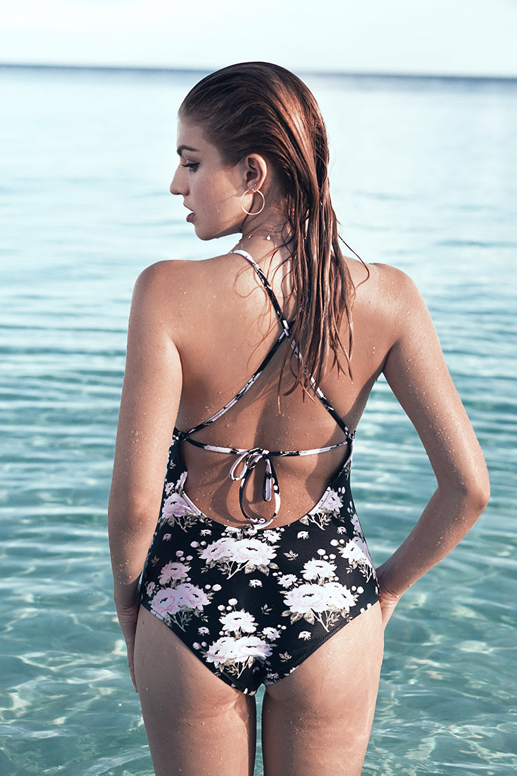 Flourishing Star Print One-piece Swimsuit