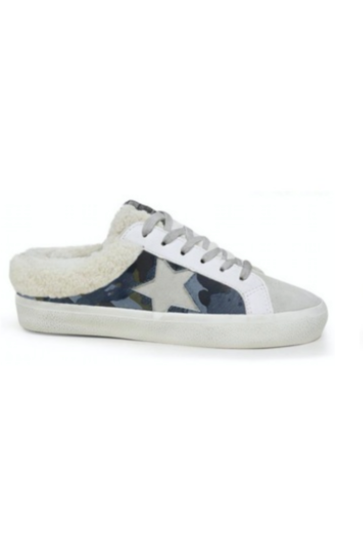 Blue Camo Mellow Sneakers