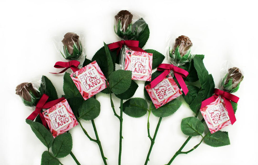 Load image into Gallery viewer, Milk Chocolate Roses - bouquet of 5