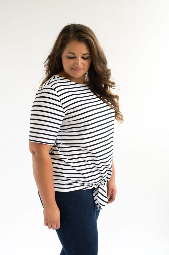 Nursing Tshirt with hidden zipper plus size