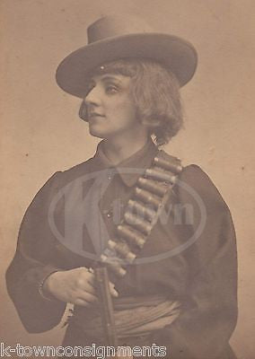 FEMALE WILD WEST WOMAN W/ SHOTGUN UNUSUAL ANTIQUE PHOTOGRAPH - K-townConsignments