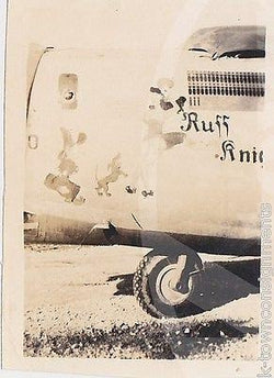 RUFF KNIGHT PIN-UP GIRL B-24 WWII BOMBER PLANE NOSE ART WWII SNAPSHOT PHOTO - K-townConsignments