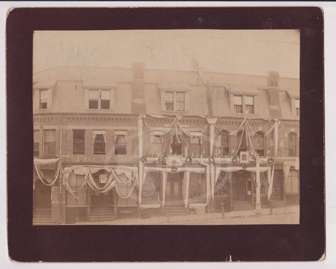 PRESIDENT GROVER CLEVELAND INAUGURATION PARADE DECORATIONS ANTIQUE PHOTOGRAPH - K-townConsignments