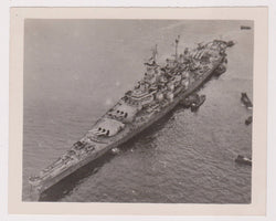 USS IOWA US NAVY BATTLESHIP VINTAGE WWII MILITARY SNAPSHOT PHOTOGRAPH - K-townConsignments