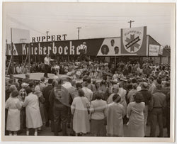 RUPPERT KNICKERBOCKER BEER DANCE STAGE PARADE VINTAGE ADVERTISING SNAPSHOT PHOTO - K-townConsignments