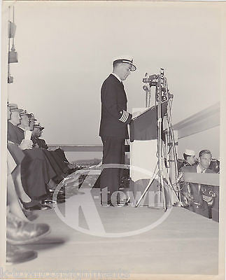 CAPT PERCY LYON USS ORISKANY CV34 US AIRCRAFT CARRIER RESTRICTED 8x10 PHOTO 1950 - K-townConsignments