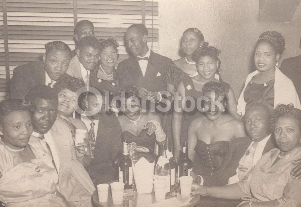 Completely new African American Night Club Scene Black Couples Out on the Town in  DB77