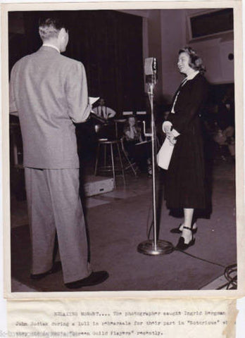 INGRID BERGMAN JOHN HODIAK STAGE ACTORS ORIGINAL VINTAGE PRESS PHOTO - K-townConsignments