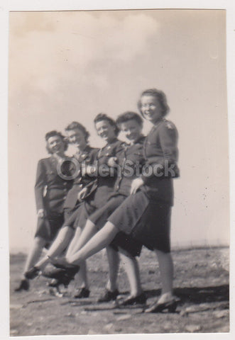 WAC Military Women in Uniform Rockettes Pose Vintage WWII Friends Snapshot Photo