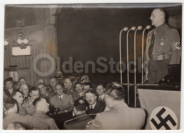Adolf Hitler Munchen NSDAP Meeting Original WWII German Press Photo