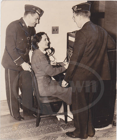 AMERICAN LEGION TELEPHONE OPERATOR ANTIQUE NEWS PRESS PHOTO 1934 - K-townConsignments