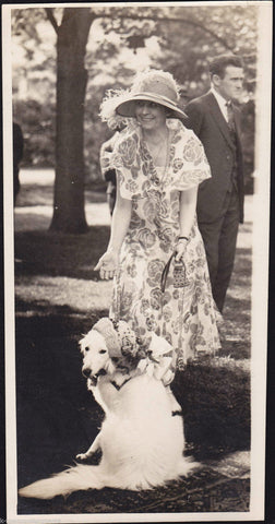 Grace Coolidge w/ Prudence Prim Presidential Dog Vintage 1920s News Press Photo - K-townConsignments