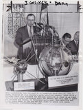 DR JOHN HAGEN FIRST US SPACE SATELLITE PROGRAM VINTAGE NEWS PRESS PHOTO - K-townConsignments