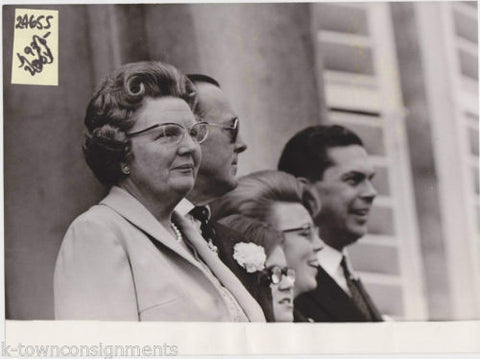 QUEEN JULIANA NETHERLANDS VINTAGE POLITICAL PRESS PHOTO - K-townConsignments