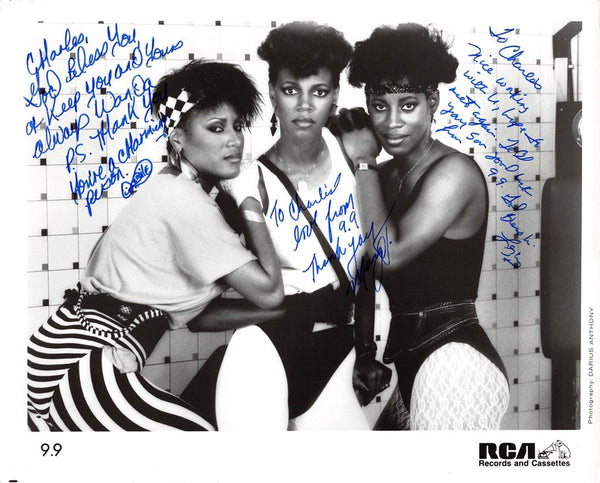 9.9 R&B Music Singers RCA Records Boston Vintage Autograph Signed Photo