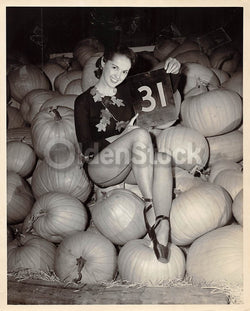 Halloween Pumpkin Patch Pin-up Girl Vintage 1950s Fashion Model 8x10 Photo