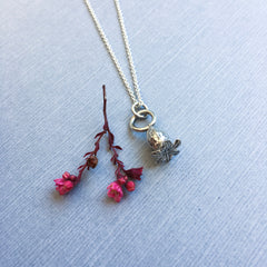 petite poppy necklace