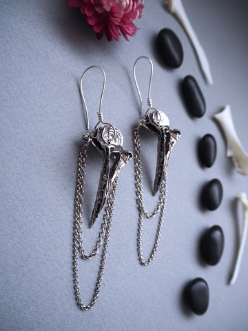 The gatekeeper earrings ~ dark