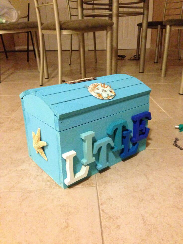DIY sorority crafts. Little sister treasure chest.: