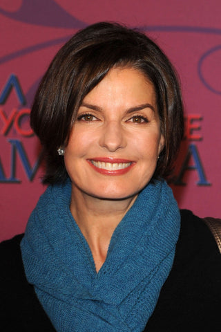 sela ward house actress chi omega sorority greek sister alumna