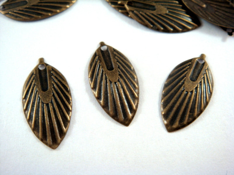 Antique Bronze Charms, Ribbed Oval Brass Leaf Drops 18x9mm - 10 pcs. - 6359-13