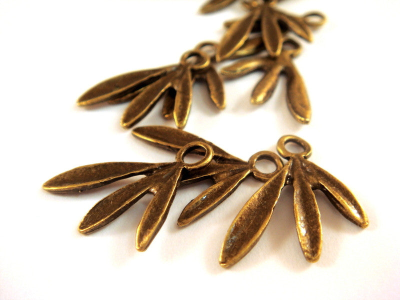 Antique Bronze Charms, Large Hole Palm Frond Leaf Pendant Drops LF/NF 18x13x2mm - 12 pcs. - DC3022-AB12