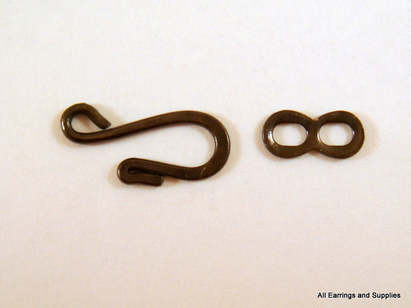 Hook and Eye Clasps, Black Gunmetal Plated Brass 25x9mm - 4 sets - 6347-6