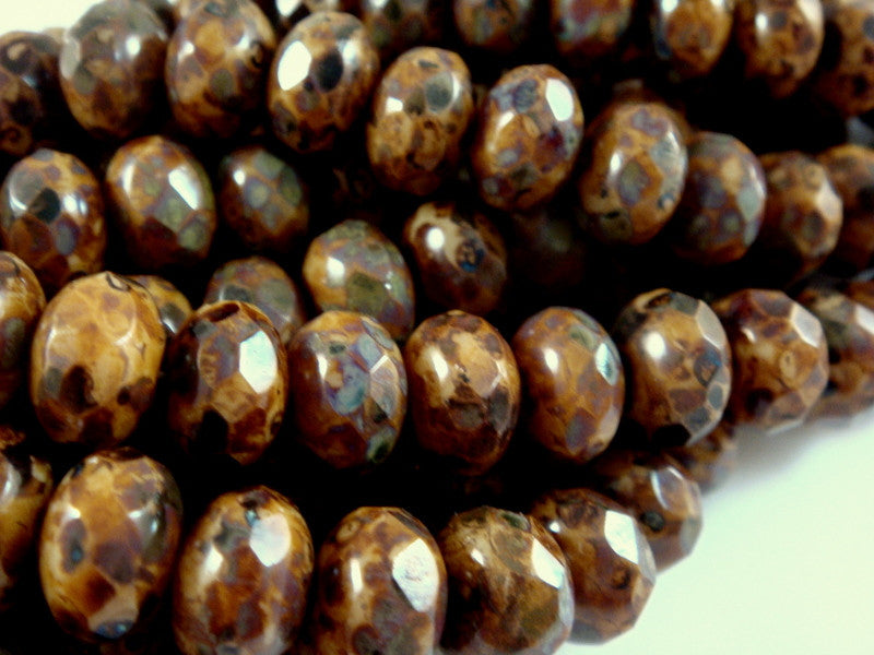 Full Picasso Opaque Beige Brown Beads