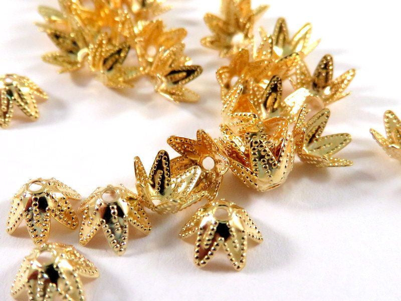 Gold Bead Caps, Small Flexible 6 Point Stars 7 to 9mm - 25 pcs. - 1121-10
