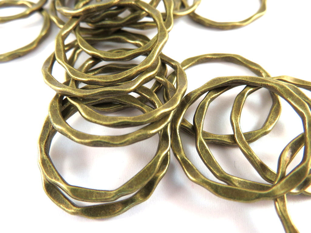 Antique Bronze Connectors, Round Hoops, Hammered Look Ring Links 22x1.5mm - 12 pcs. - F4185LK-AB12