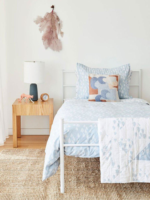 Rounding Out the Room: An Inviting Guest Room