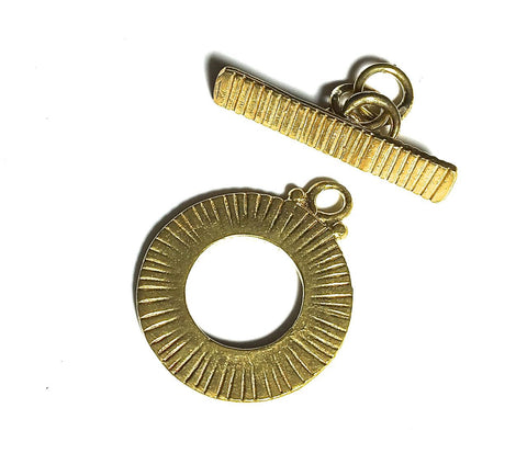 Round Etched Stripes Toggle Clasp