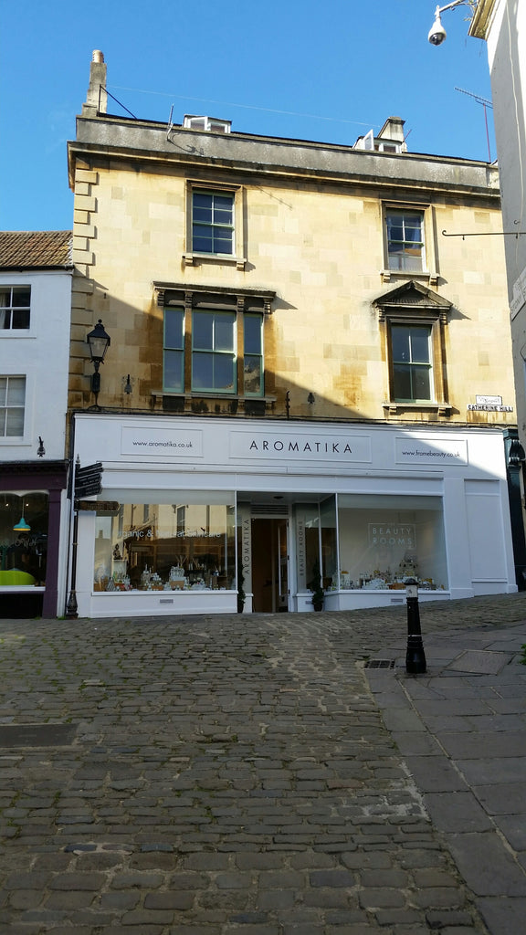 Vacancies : Part Time Beauty Therapists & Assistant Manager required in Frome, Somerset